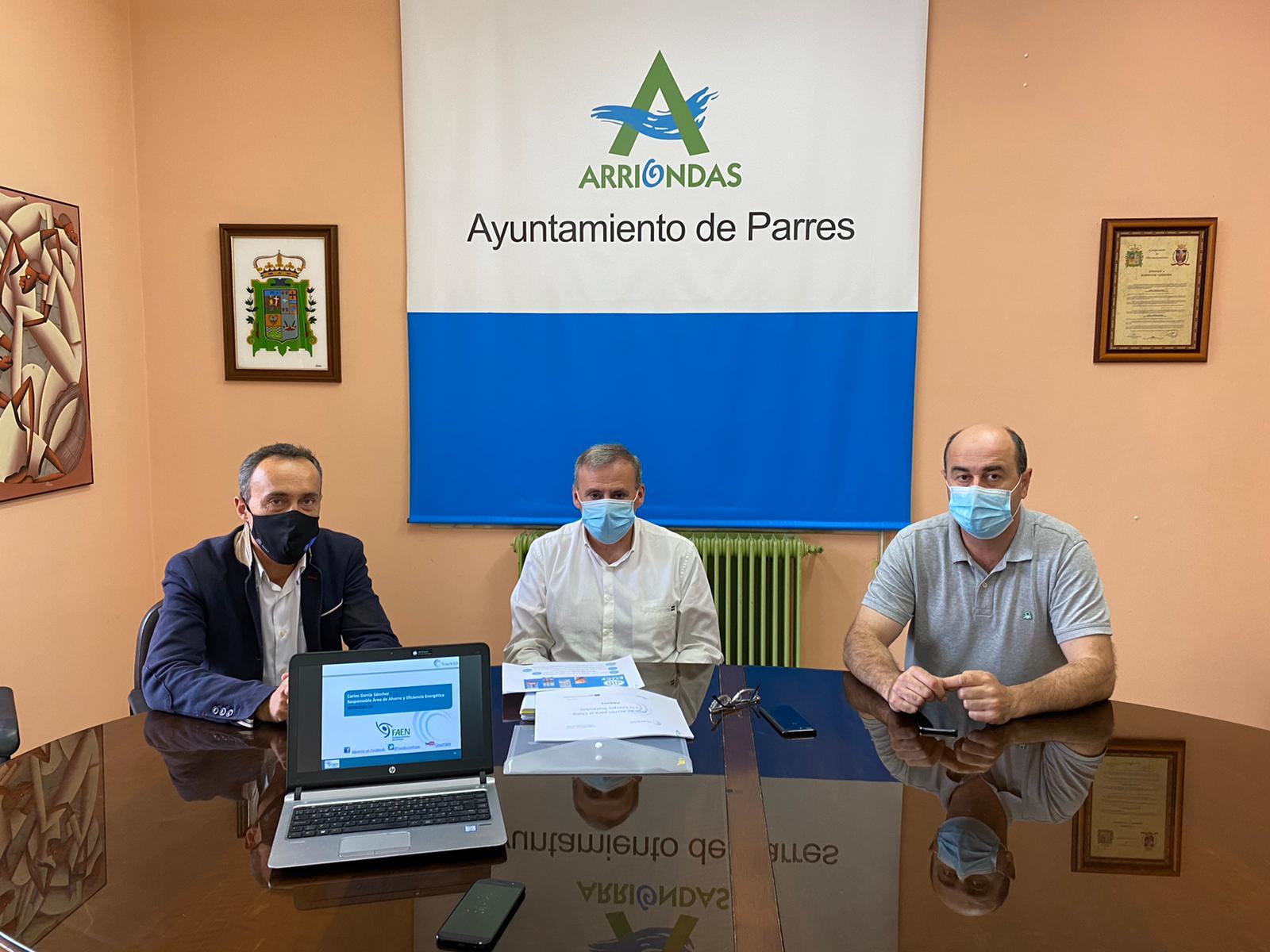Reunión de FAEN con el Ayuntamiento de Parres